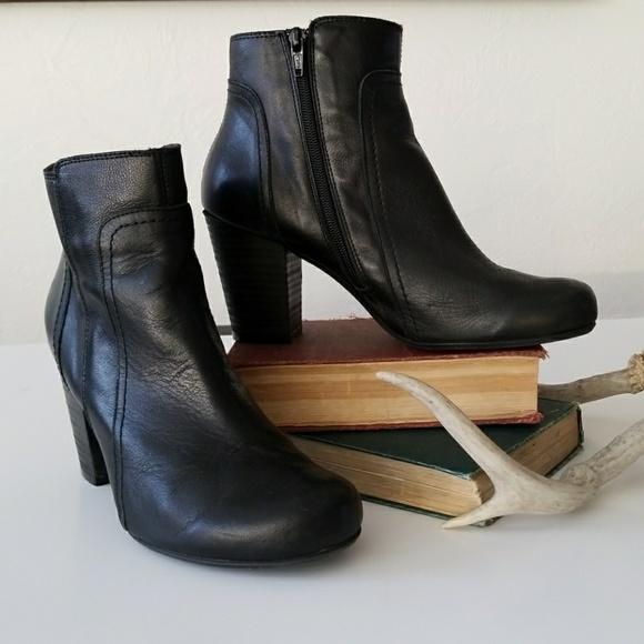 a2ad098185ed MIZ MOOZ black ankle boots. M 5a79be288af1c50f981497e5